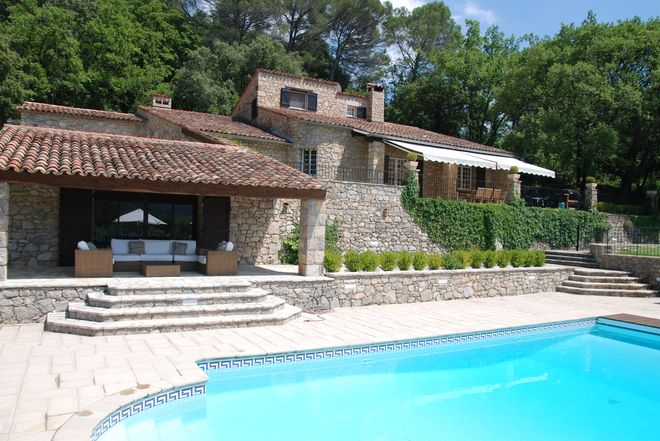 Stone house Canton-de-Fayence-5 rooms  1376