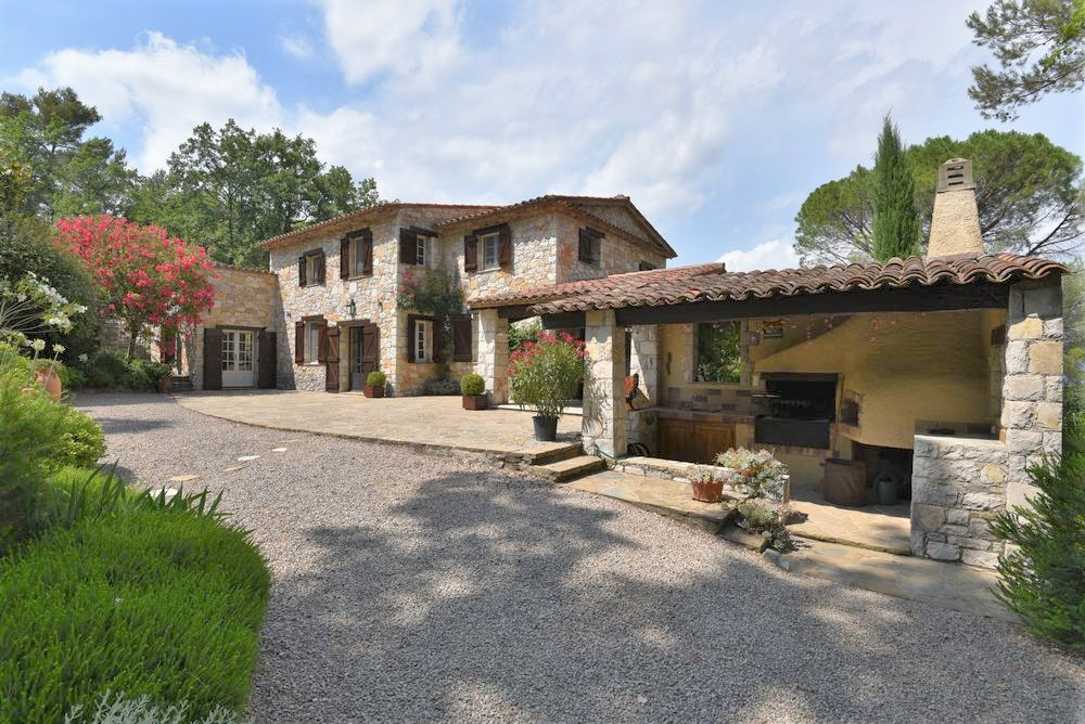 Stone house Canton-de-Fayence-6 rooms  2347