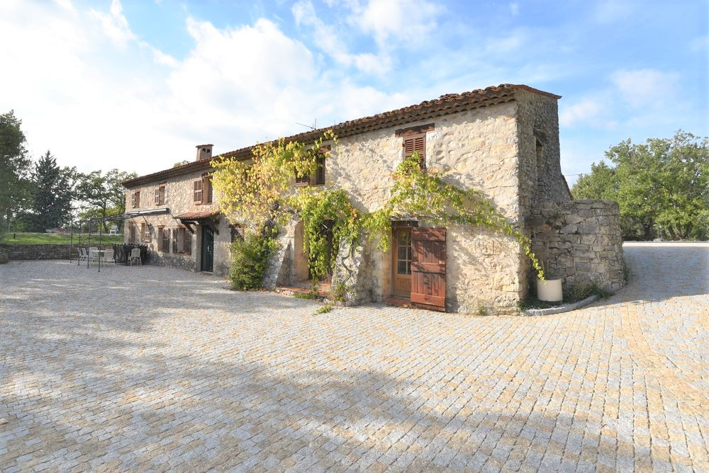 Stone house Canton-de-Fayence-7 rooms  2493