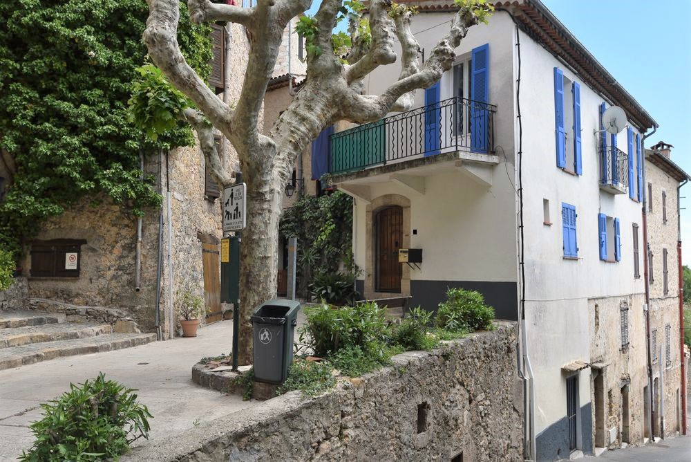 Village house Fayence-4 rooms  2540