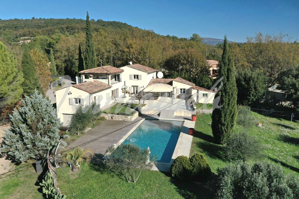 Villa Montauroux-6 rooms  2653