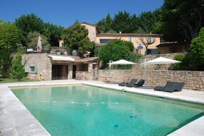 Stone house Canton-de-Fayence-9 rooms  1345